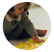4 Brincadeiras para  Estimular a Motricidade  na Educação Infantil